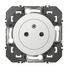 Prise de courant 2P+T Surface dooxie 16A finition blanc
